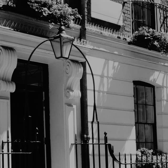 buy to let Belgravia, let to buy Belgravia, landlord Belgravia, mortgage advice Belgravia.